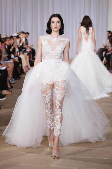 Необычный фасон свадебного платья